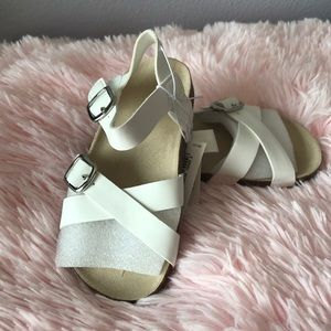 Faux-leather cross-strap Sandals for toddler girl